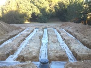 Concernant la Nature et l'aptitude des sols, il est prévu une Identification de la végétation aux abords immédiats de l'implantation du dispositif, et d'apprécier la capacité de drainage du sol.